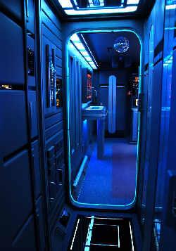 corridor USS Voyager
